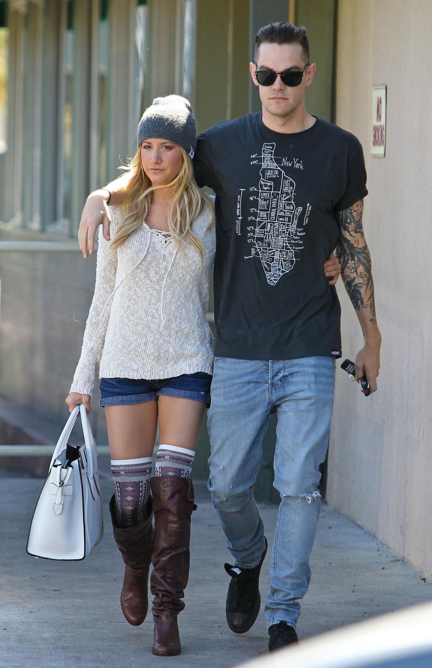 Ashley Tisdale und Freund Christopher French am 27. Februar in Los Angeles