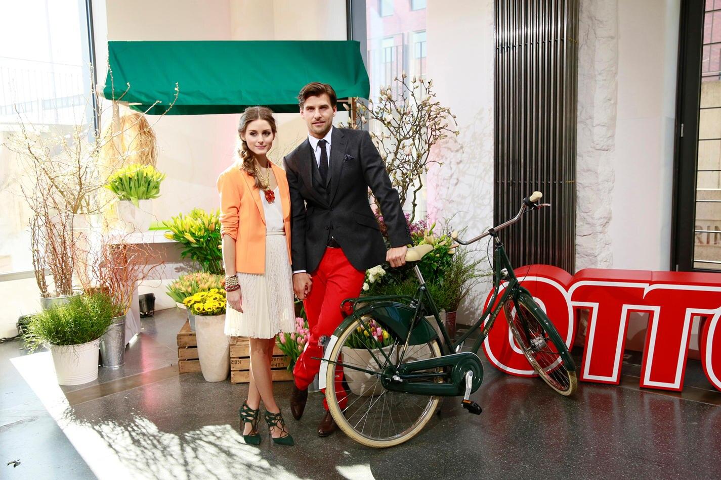 """Auch vor der Kamera ein Team: Olivia Palermo und Johannes Huebl sind die neuen Gesichter des Versandhauses """"Otto""""."""