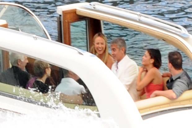 Channing Tatum (rechts) und George Clooney (zweiter von links) vebrachten zusammen mit ihren Partnerinnen im Juli 2012 ein paar schöne Tage in Italien.