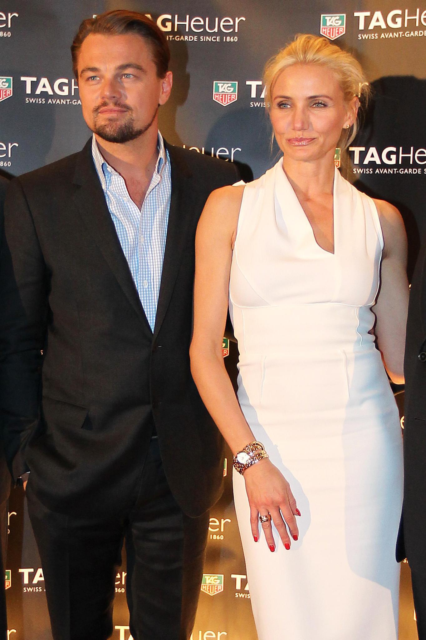 Bevor es nach Nizza ging, zeigte sich Leonardo DiCaprio zusammen mit Cameron Diaz beim Formel-1-Rennen in Monaco. Dort trat er als Testimonial von Tag Heuer auf. Toni Garrn soll ebenfalls vor Ort gewesen sein - gemeinsame Fotos gibt es aber nicht.