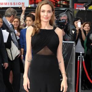 Angelina Jolie  Perfekter erster Auftritt   GALA.de b24c43eff3