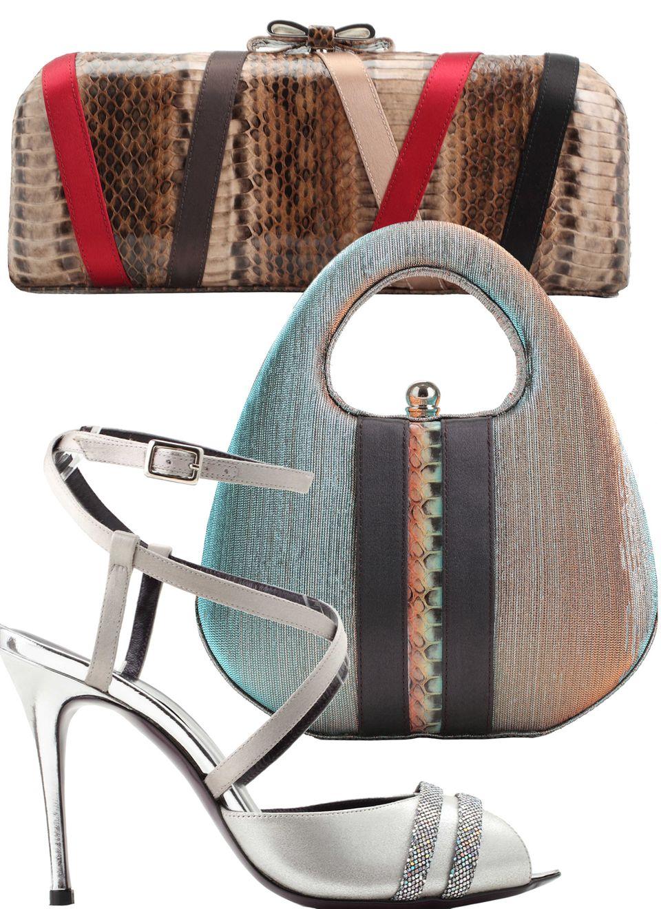 In den vergangenen Saisons wurde das wichtige Accessoire-Geschäft immer stärker ausgebaut.Vor allem Abendtaschen und elegante High Heels, etwa aus Python-Leder, überzeugen die Kundinnen.