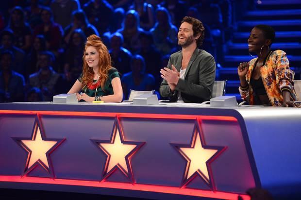 """Verteilt goldene Sterne: die """"Got to Dance""""-Jury Palina, Howard Donald und Nikeata Thompson."""