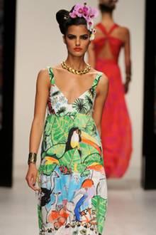 Issa London-Model