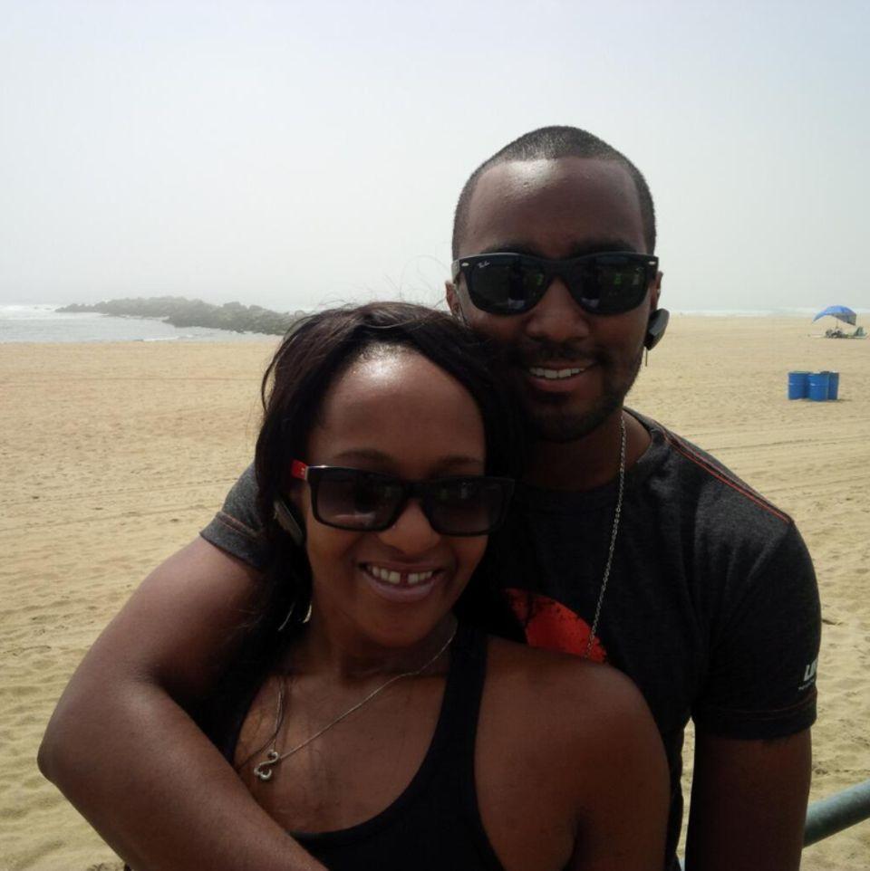 Bobbi Kristina Brown und ihre Verlobter Nick Gordon genießen einen Tag am Strand.