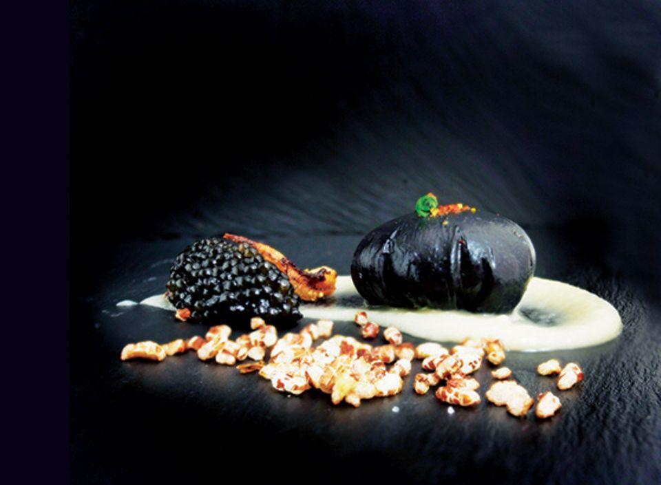 """Heimlicher Star des Restaurants: """"Black Egg"""" mit Kaviar"""