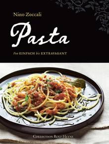 """Nino Zoccali ist Koch und Restaurantchef. Er sitzt in einer Prüfungskommission für Olivenöle und ist Gründungsmitglied der Vereinigung italienischer Restaurants in Australien. Diese geballte  Kompetenz findet sich in jedem seiner Nudelrezepte – ein beeindruckendes Nachschlagewerk. (""""Pasta"""", Collection Rolf Heyne, 225 S., 29,90 Euro)"""