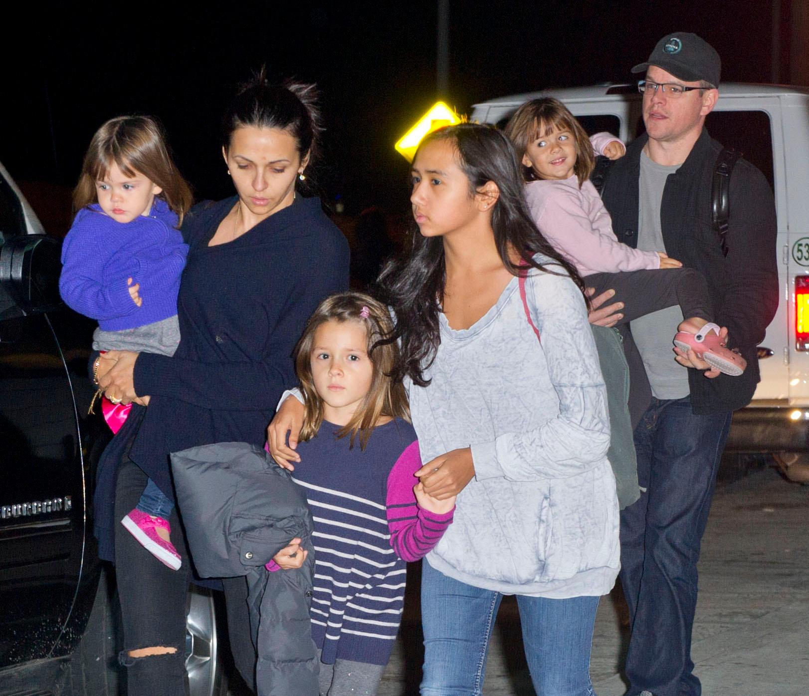 Matt Damon mit seiner Frau Luciana Barroso und den Töchtern Stella, Isabella, Alexia und Gia (von links nach rechts).
