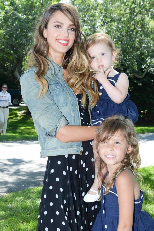 Jessica Alba mit ihren Töchtern Honor Marie und Haven Garner
