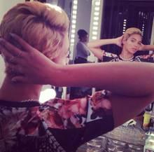 Beyoncé zeigt auf Instagram ihre neue Frisur.