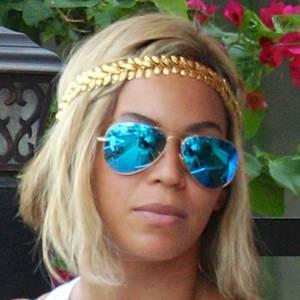 Beyoncé mit Extensions