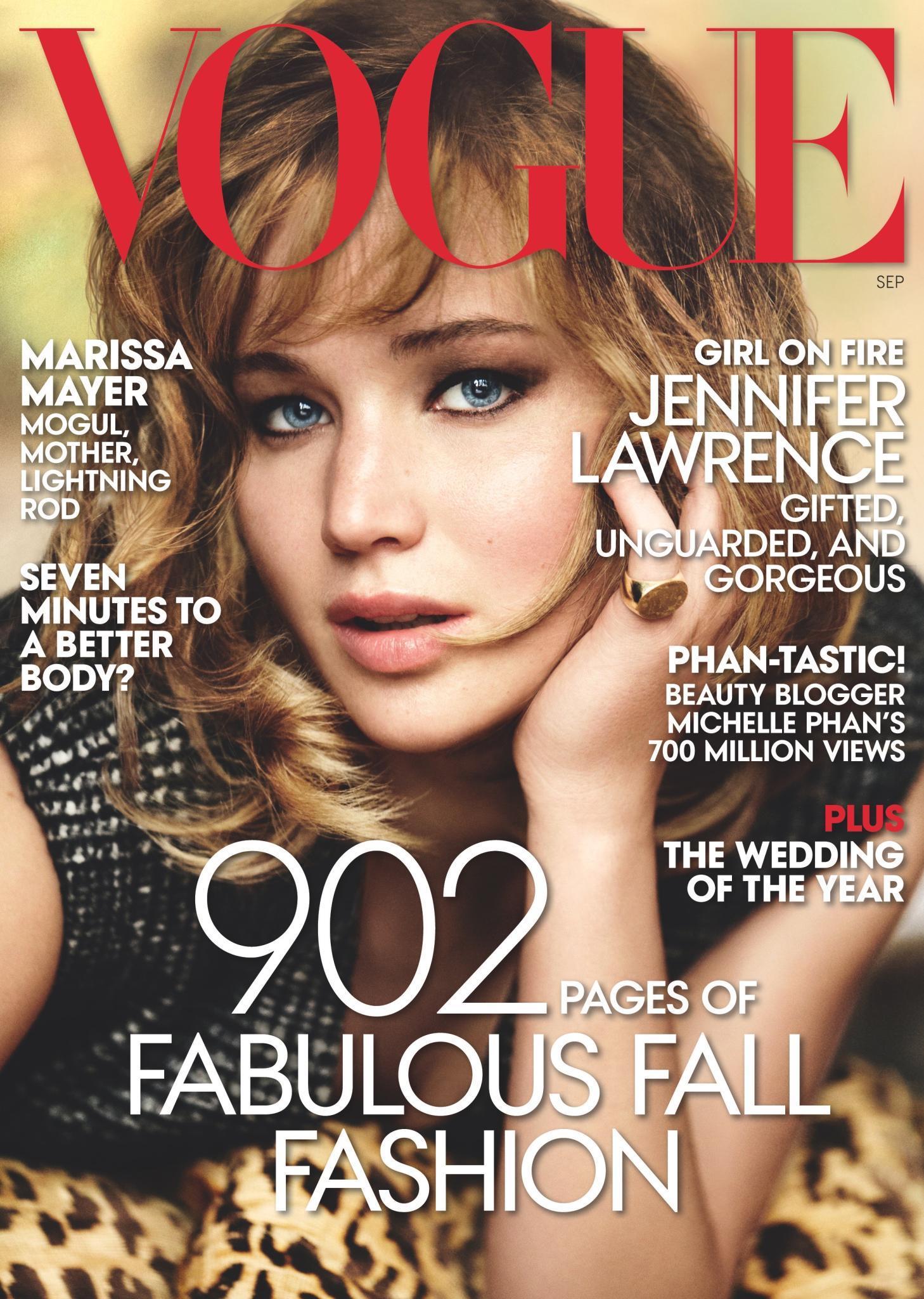 """Schön & schlau  Neben Beautytipps, Fashiontrends und Titelgirl Jennifer Lawrence: Die Marissa-Mayer-Story soll auf dem Titel der renommierten US-""""Vogue"""" als zusätzliches Kaufargument dienen."""