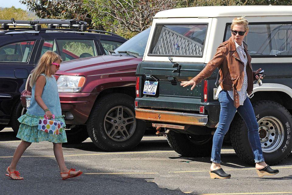 Matilda Ledger und Mutter Michelle sind auf Mutter-Tochter-Tour zur Party-Vorbereitung.