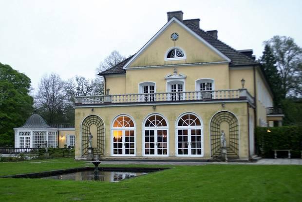 Schloss Friedrichsruh nahe Hamburg ist Familiensitz der Bismarcks.