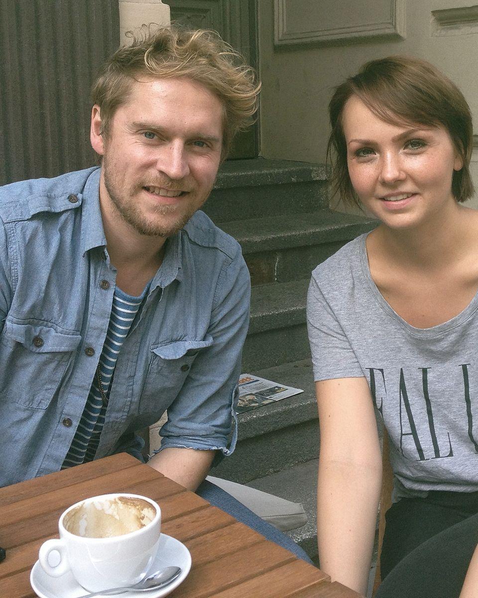 Gala.de-Redakteurin Andrea Zernial im Interview mit Johannes Oerding.