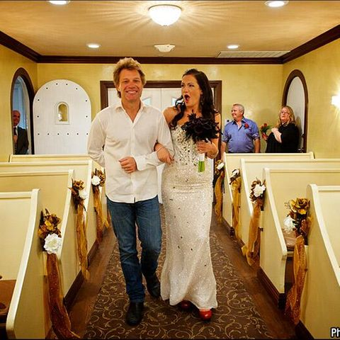 Jon Bon Jovi: Mit Fan vor den Traualtar
