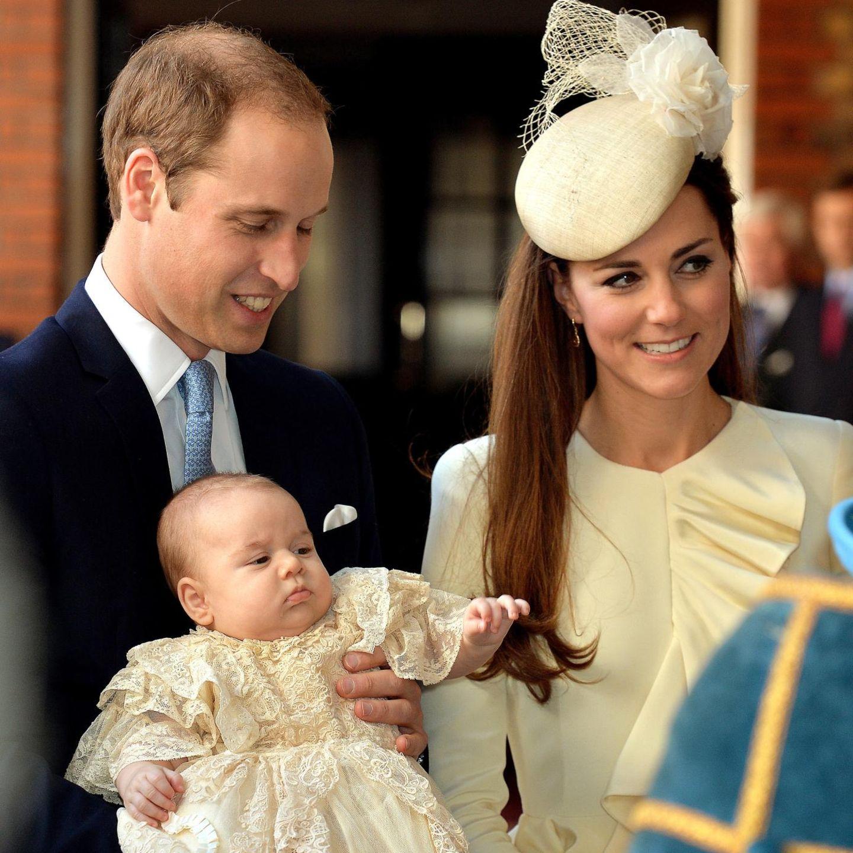 Prinz William und Herzogin Catherine mit ihrem Täufling Prinz George