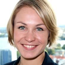 Ex-Biathletin Magdalena Neuner nimmt auch nach ihrer Karriere zahlreiche Termine wahr. Ihr Kind, das im Frühjahr 2014 zur Welt kommen soll, steht bei ihr aber schon jetzt an erster Stelle.