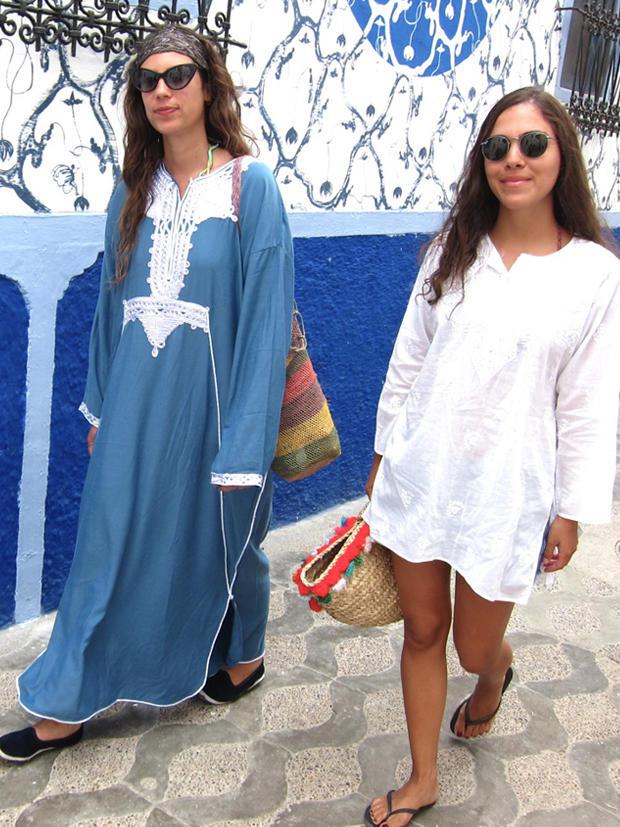 Vor vier Jahren gründeten die Freundinnen Tatiana Santo Domingo (l.) und Dana Alikhani ihr Modeportal Muzungu Sisters.