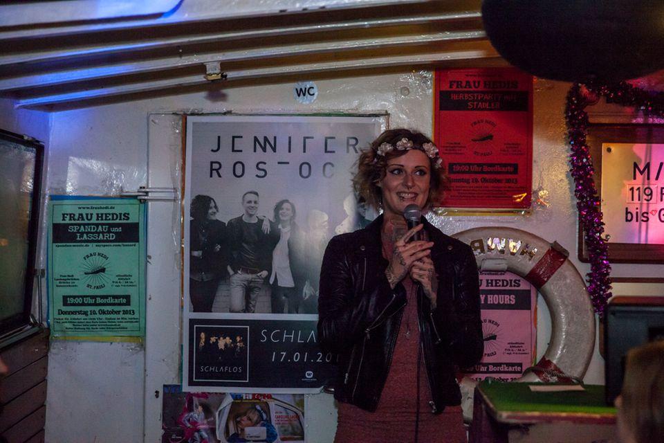 Sängerin Jennifer Weist ist stolz, das neue Album vorstellen zu können.