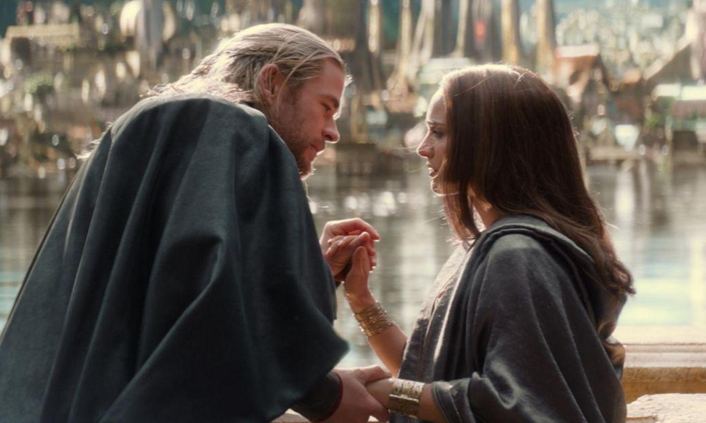 """Chris Hemsworth und Natalie Portman in """"Thor - The Dark Kingdom"""""""