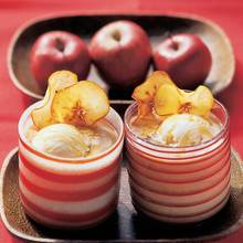 Bratapfel-Smoothie mit Apfelchips