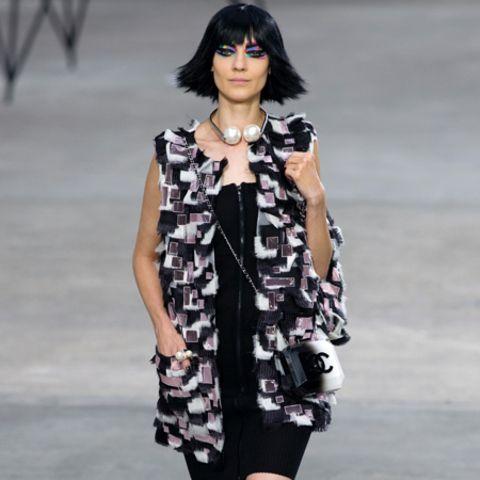 Chanel in Schwarz-weiß