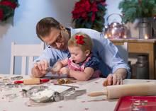 Die neuesten Videos der Mini-Prinzessin sorgten in der Vorweihnachtszeit für Entzücken. Ob Estelles Plätzchen wohl zu Weihnachten genascht werden?