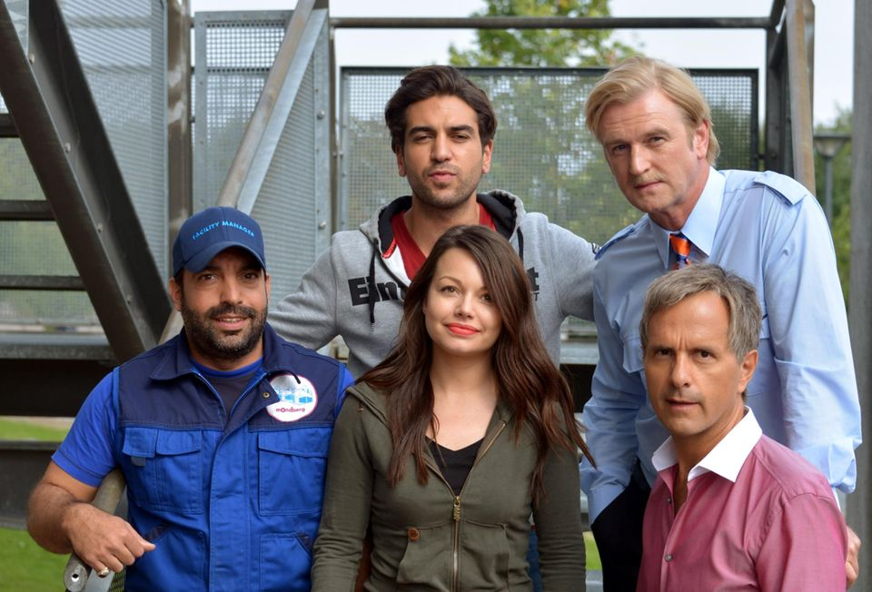 "Mit Serkan Çetinkaya, Elyas M'Barek, Detlev Buck und Christoph Maria Herbst hat Cosma Shiva Hagen den Film ""Männerhort"" gedreht."
