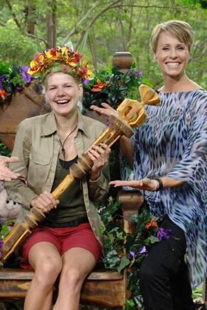 Dschungelcamp: Melanie fummelt sich zur Krone