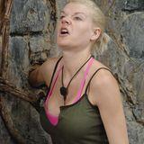 """Dschungelcamp 2014: Tag 16 Melanie Müller beweist bei ihrer Dschungelprüfung """"Nervenstärke"""". Alle Infos zu """"Ich bin ein Star - Holt mich hier raus!"""" im Special bei RTL.de"""