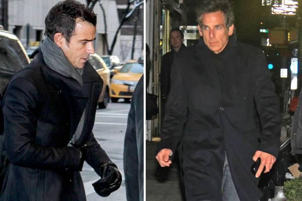 Justin Theroux - der ohne seine Verlobte Jennifer Aniston an der Zeremonie teilnahm - und Ben Stiller steht die Trauer ins Gesicht geschrieben.