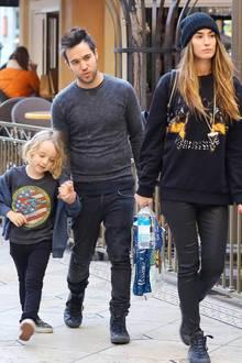 Pete Wentz und Meagan Camper sind mit seinem Sohn Bronx unterwegs.