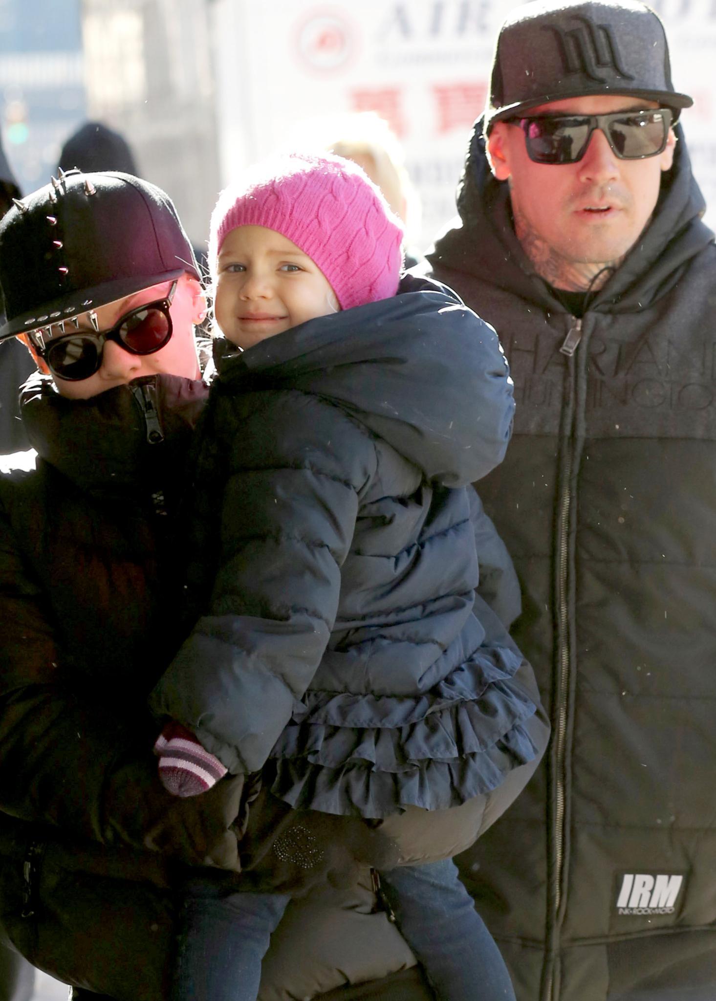 Pink und Carey Hart mit der kleinen Willow unterwegs in New York City.