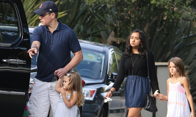 Matt Damon mit seinen Töchtern