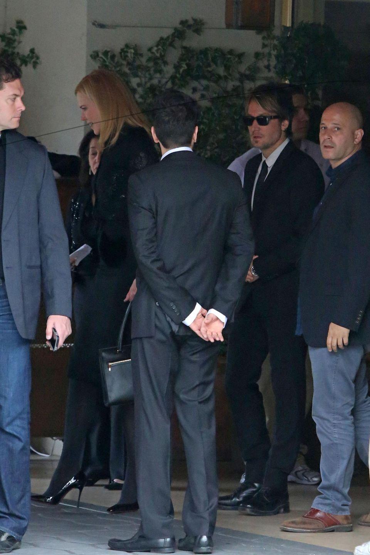 Nicole Kidman und Keith Urban schließen sich den Trauergästen bei der Gedenkfeier für L'Wren Scott in Los Angeles an.