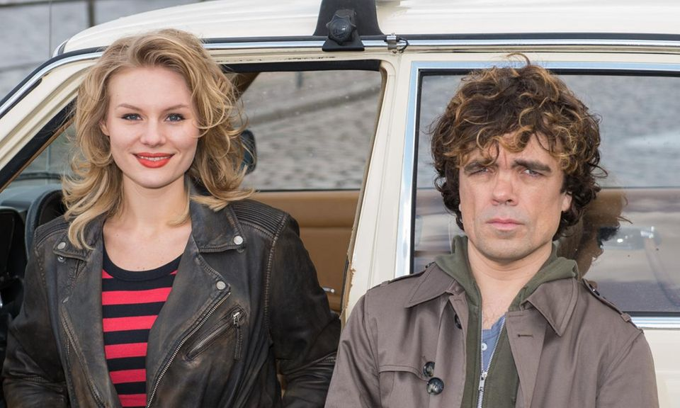 """Photocall für """"Taxi"""" am Montag (14. April) in Hamburg: Rosalie Thomass, Peter Dinklage"""