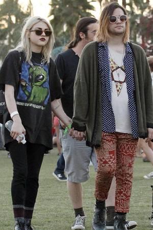 Frances Bean Cobain Verlobter Erinnert An Kurt Cobain