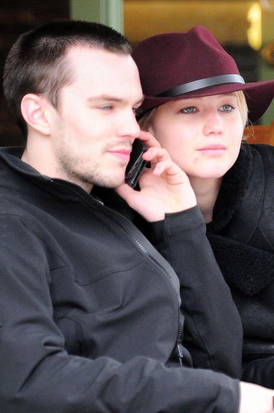 Nicholas Hoult, Jennifer Lawrence
