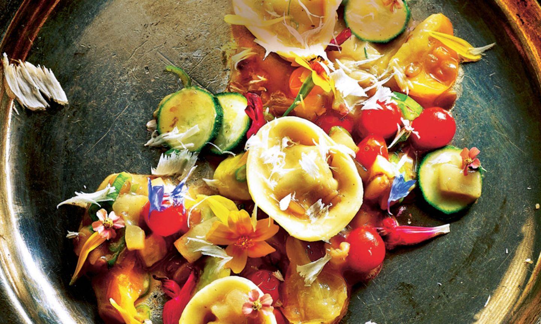 Tortellini mit Zucchini und Tomaten
