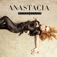 """""""Resurrection"""" (Sony BMG) erinnert an Anastacias starke musikalische Anfänge: Kraftvolle Melodien verbinden sich mit Texten voller Lebensmut."""