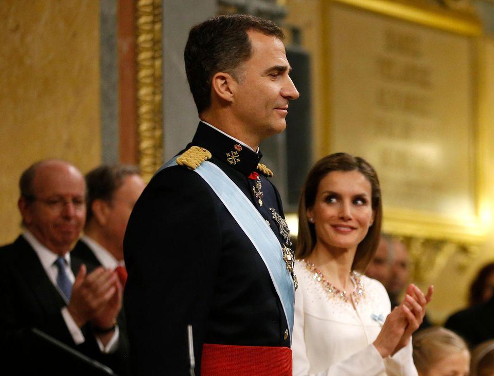 Fleipe bekommt nach seiner Rede viel Applaus - und von seiner Frau Letizia bewundernde Blicke.