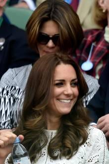 Herzogin Catherine und Prinz William schauen sich das Match auf dem Centre Court an.