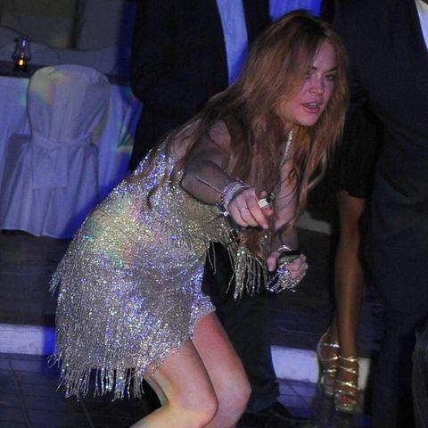 Lindsay Lohan scheint mal wieder über den Durst getrunken zu haben.