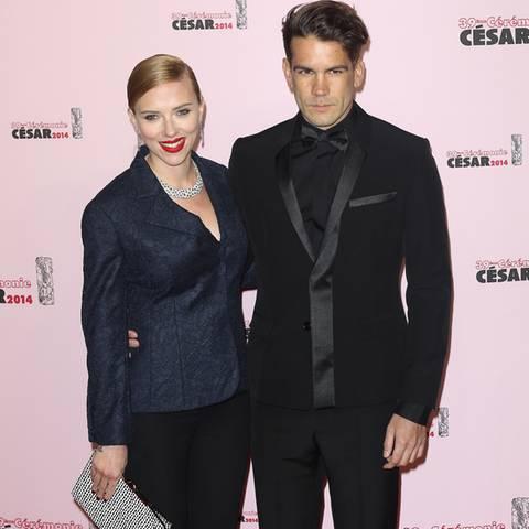 Scarlett Johansson + Romain Dauriac