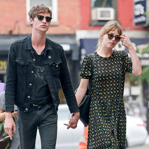 Matthew Hitt, Dakota Johnson
