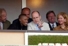 2002 sah man die beiden auf der Tribüne eines Tennisturniers in Monaco.