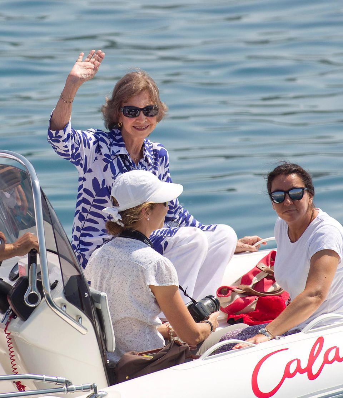 Könign Sofia ist ohne König Juan Carlos im Urlaub.