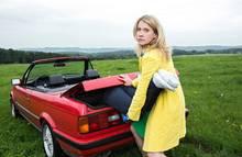 """Mord in der Eifel? Sophie Haas (Caroline Peters) ermittelt endlich wieder! Die dritte Staffel der Krimiserie """"Mord mit Aussicht"""" startet am 9. September (ARD, dienstags, 20.15 Uhr)."""