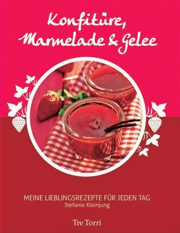"""Stefanie Kleinjung, Inhaberin einer kleinen Marmeladenmanufaktur in Wiesbaden, kocht jeden Tag bis zu 500 Gläser ein. Mit 100 Rezepten zeigt sie nun, was diese Saison ins Töpfchen gehört: aromatisch-erfrischende Kompositionen wie """"Campari Blutorange"""" und """"Birnentöpfchen Helene"""". (""""Konfitüre, Marmelade & Gelee"""", Tre Torri, 160 S., 19,90 Euro)"""